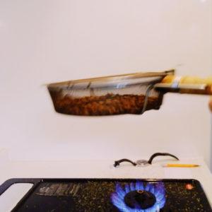 roasting coffe beans